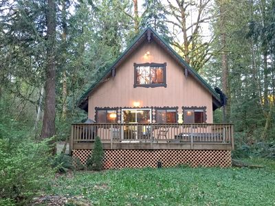 Photo for Glacier Springs Cabin #22 - Cozy pet friendly cabin with an outdoor hot tub!
