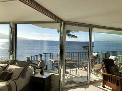 Spacious Lanai with dinning and lounging options