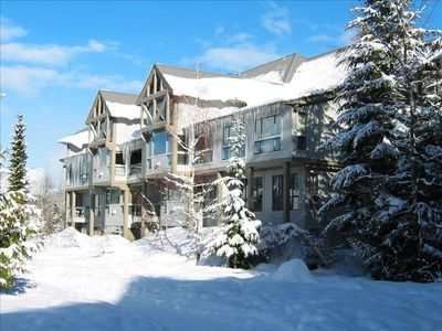 Photo for Ski-in/Ski-Out Luxury Condo Greystone Lodge - Hot Tub & Pool