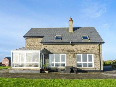 Photo for WATERS HOUSE, pet friendly in Carrick, County Wexford, Ref 15402