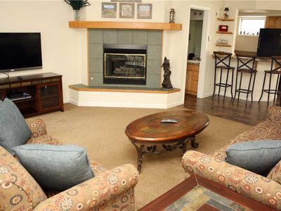 Photo for Pinecreek #I - 3 BR - Private Hot Tub - Close to Town - Shuttle to Slopes