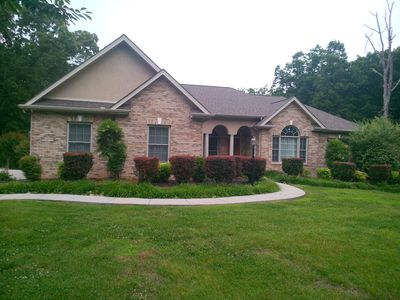 Photo for 4BR House Vacation Rental in Lenoir City, Tennessee