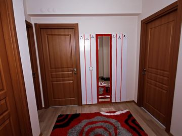 Daily Rental flat Vazo 6 in Kutahya. There are 82 -screen TV , stove, refrigerator, DVD player, kitchen utensils to use.