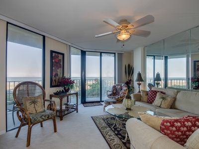 Photo for Beautifully Decorated and Well Kept oceanfront condo