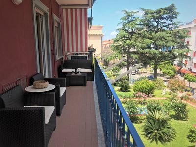 Photo for Fantastic apartment 10 minutes from the sea, central Sorrento area free WIFI