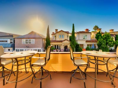 Photo for Luxury Balboa Home, Deck with View of Bay and Private Parking