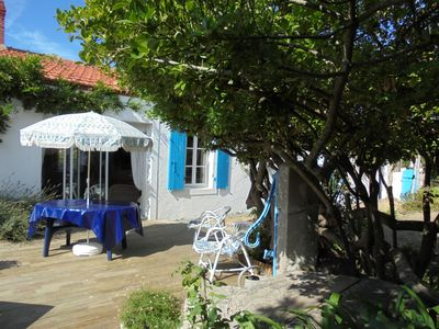 Photo for Renovated country house of approximately 70 m2 with garden