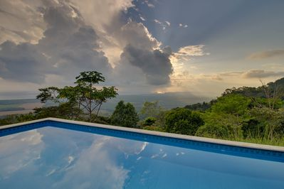 Let yourself be surprised by the views you'll have from the pool