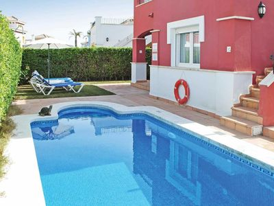 Photo for 2 bed villa with private pool, close to the beach