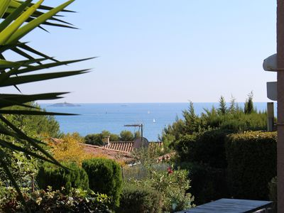 Photo for Charming 2 rooms renovated with taste, Residence with pool, Garden Sea View