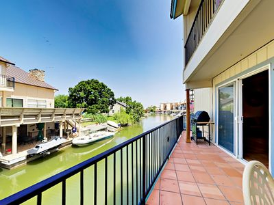 Photo for Waterfront 3BR w/ Lake LBJ Views - Includes Private Dock, Boat Lift &  Grill