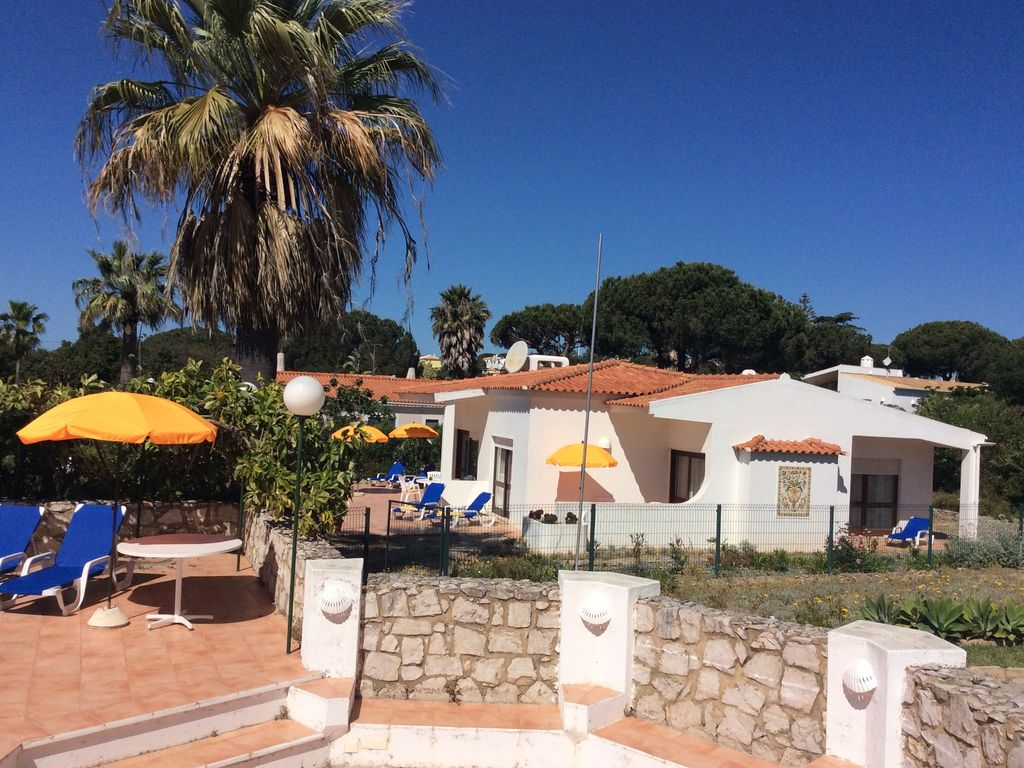 Holiday Home With Large Swimming Pool Homeaway Vale Navio