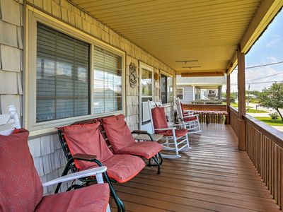 Photo for Lovely Kill Devil Hills Cottage - Walk to Beach!