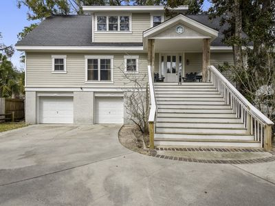 Photo for 4 Bedroom/ 3 Bath home located in Forest Beach on Hilton Head!