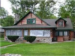 Photo for Torch Lake Majestic Log Cabin Living