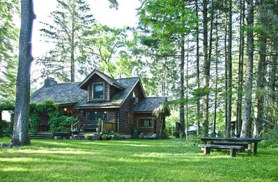 Private Waterfront Log Home on the Delaware River -Upstate | Catskills