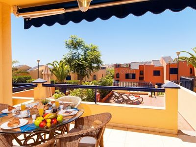 """Photo for Bungalow a short walk away (351 m) from the """"Playa Meloneras"""" in Maspalomas with Terrace, Balcony, Washing machine (301715)"""