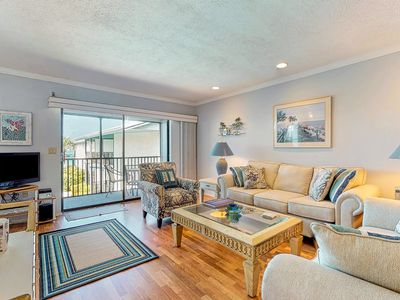 Photo for Waterfront getaway w/ Gulf view, shared pool & tennis court