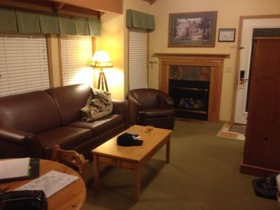 Photo for Cottage with 2 bedroom, 1 bath, full kitchen, living room, deck