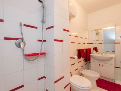 Photo for House in Campagnano di Roma with Parking, Internet, Washing machine, Garden (251989)