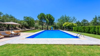 Photo for Gorgeous villa with outdoor Jacuzzi to be enjoyed in summer