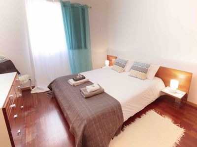 Photo for Bright flat with pool, near the beach