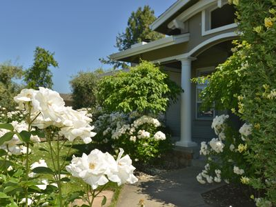 Photo for Elegant Yountville Retreat...Your Wine Country Vacation Begins at Your Doorstep