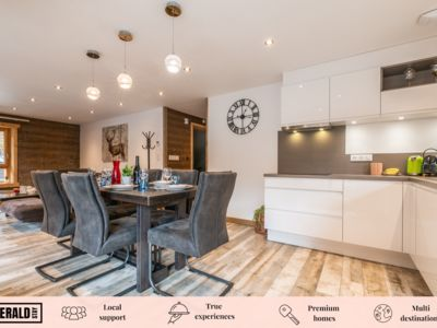Photo for FLOCON-Modern Apartment with Jacuzzi and Hammam