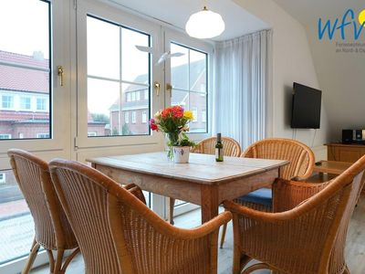 Photo for Family-friendly apartment with sunny balcony on Juist!