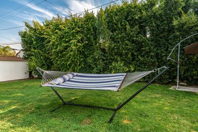 Take a rest and look up at the beautiful sky in this lovely hammock.