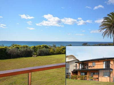 Photo for 25 Keating Dr - Warringah by the Sea