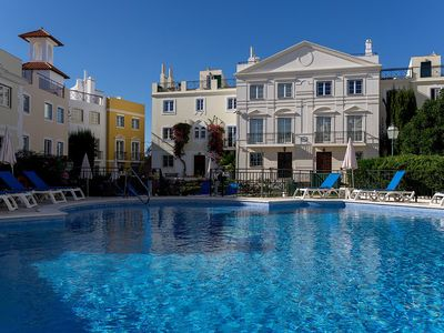 Photo for Merengue Pink Apartment, AC, Wifi, Swimming pool!New!
