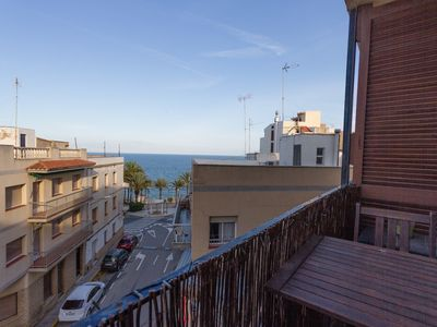 Photo for BEACHFRONT APARTMENT, AIR CONDITIONING_PAÏSOS CATALANS II