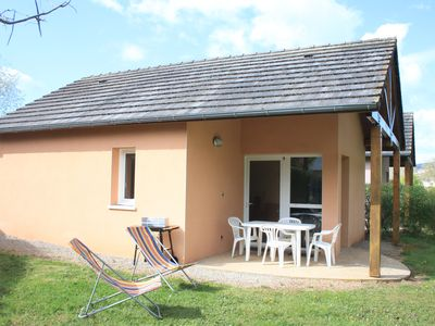 Photo for Chalet on the banks of the Lot at Saint Geniez d'Olt and Aubrac.