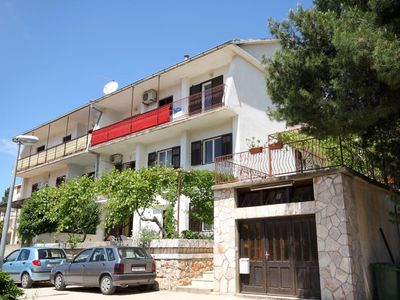 Photo for Apartment in Jelsa (Hvar), capacity 4+2
