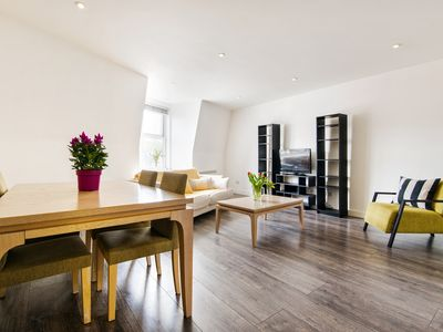 Photo for Lovely 2-Bedroom Apartment Regent's Park/Hampstead