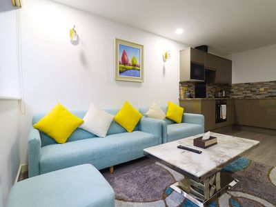 Photo for Bright & spacious one bedroom apartment in the centre - Queen Stay Apartments