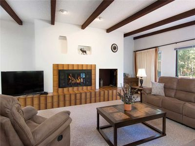 Photo for Alto Mountain Village, 3 Bedrooms, Pet Friendly, Pool Access, Sleeps 6
