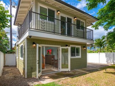 Photo for Custom one bedroom cottage just steps from swimming beach!