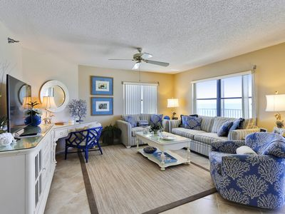 Photo for Emerald Isle #302 - 3 Bedrooms/AMAZING Sunset Views/Private Balcony!