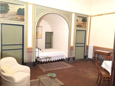 Photo for Appartment with Alcove in 17 century rustic historic villa Lionti in Sicily