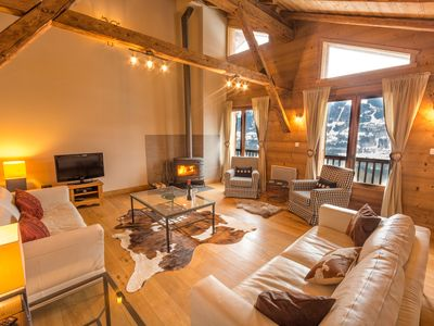 Photo for Luxury farmhouse chalet in Samoens. 4/5 bedrooms, hot tub, sauna, garden, views