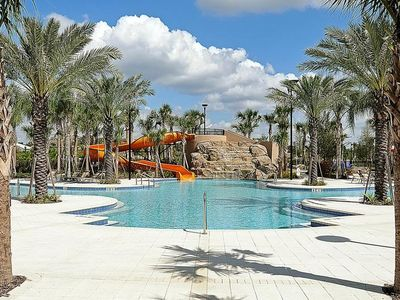 Photo for Sunny &  Bright 5 Bdm Townhome at Solterra with Free Resort Ameneties