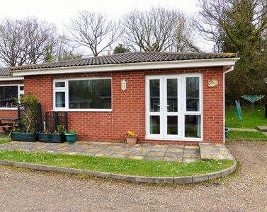 Photo for Wight Haven -  a bungalow that sleeps 5 guests  in 2 bedrooms