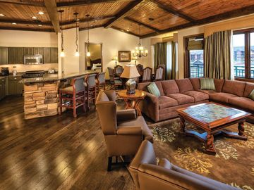 Glacier Canyon Lodge Wisconsin Dells Vacation Rentals Condo And Apartment Rentals More Vrbo Tour of all the indoor waterparks and activities that the wilderness in wisconsin dells has to offer. glacier canyon lodge wisconsin dells