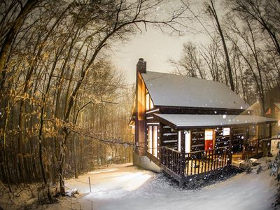 SPECIAL! STAY 3 nts, Get 4th nt 1/2 Off. STAY 6 nts, GET 7TH FREE.  Hot Tub/Wifi