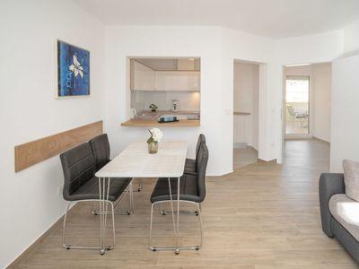 Photo for Apartment Lucia in Umag - 4 persons, 1 bedrooms