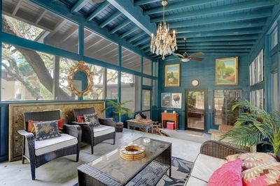 Porch - Welcome to Austin! This home is professionally managed by TurnKey Vacation Rentals.