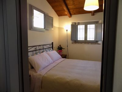 Photo for Fabulous one bedroom haven surrounded by vineyards, Wifi, A/C