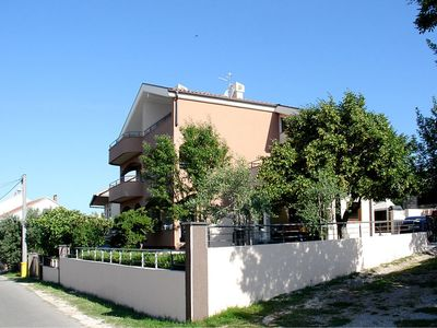 Photo for Apartment Tara in Starigrad-Paklenica - 4 persons, 1 bedrooms